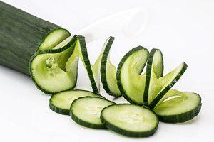 مواد غذایی که به شما کمک می کند وزن خود را کاهش دهید