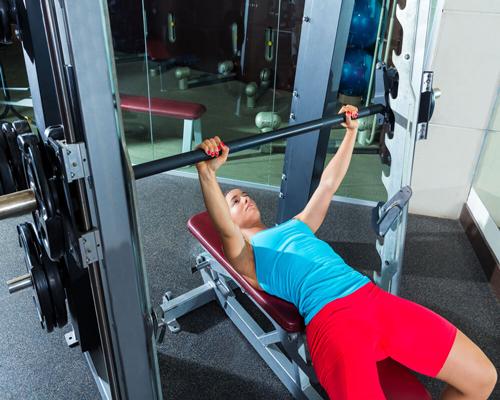 6 تمرین موثر قفسه سینه برای ساخت عضلات