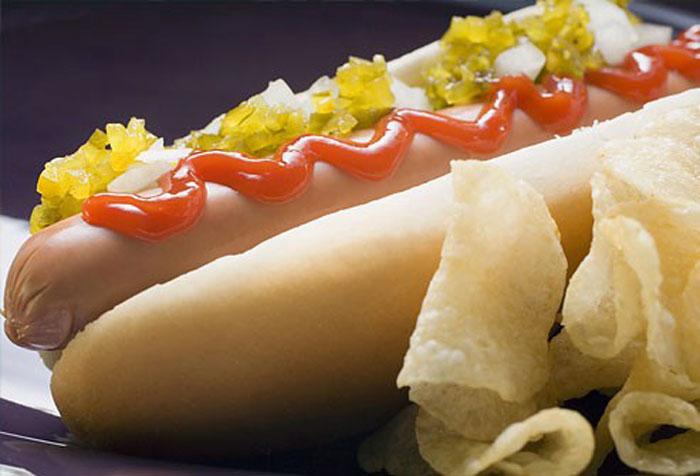 چه غذاهایی حاوی سدیم بالایی هستند
