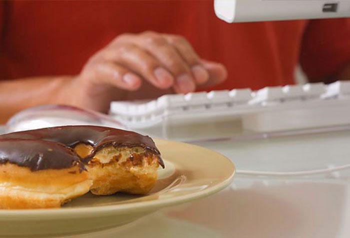 10 اشتباهی که در رژیم غذایی مرتکب می شویم
