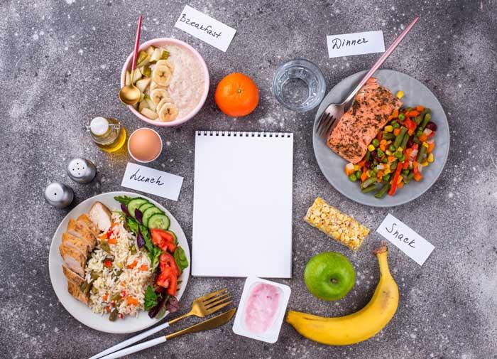 برای کاهش وزن در روز چند وعده غذایی باید خورد؟