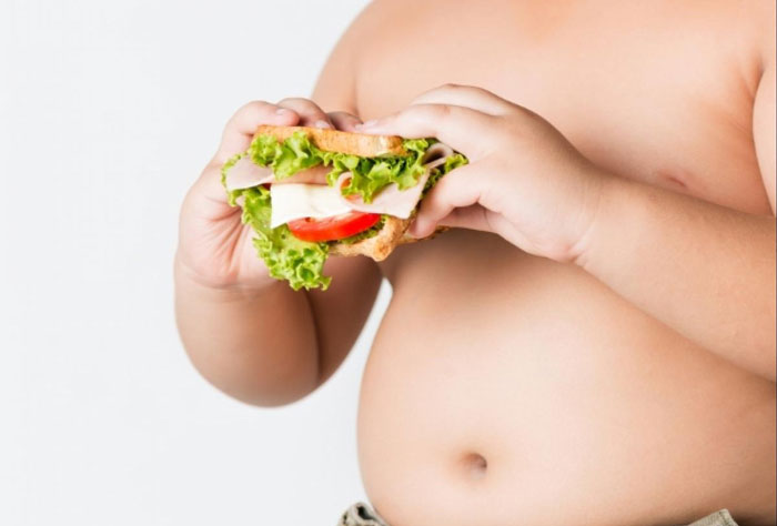 چربی شکم: علت آن چیست و چگونه می توان با آن مبارزه کرد؟